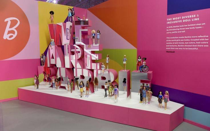 Η Barbie γίνεται 60 ετών και το γιορτάζει