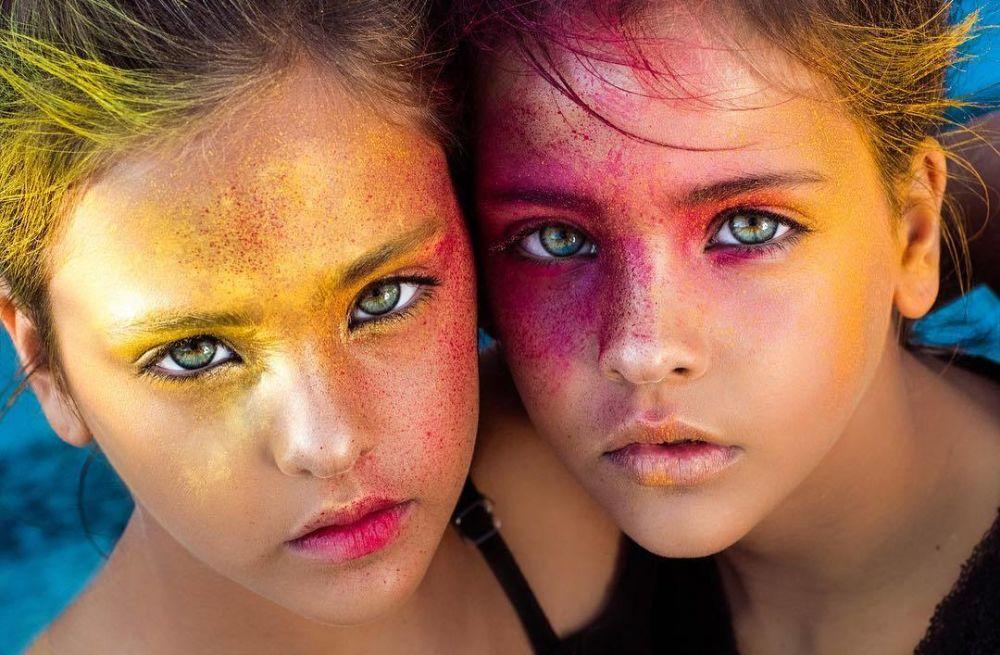 Αυτές οι 7χρονες δίδυμες είναι τα ομορφότερα κορίτσια στον κόσμο (εικόνες)