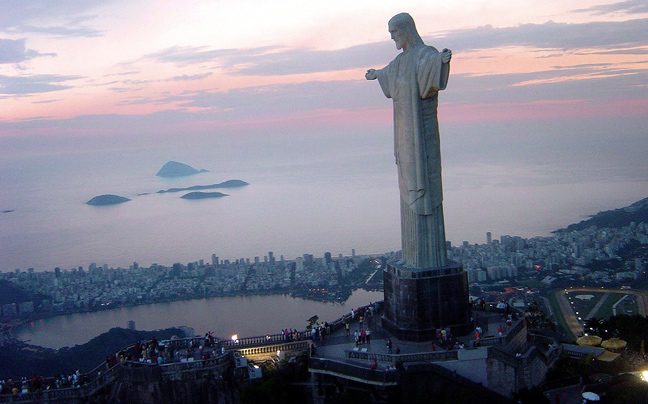 Ιταλός είδε τον Ιησού στον συννεφιασμένο ουρανό [φωτο]