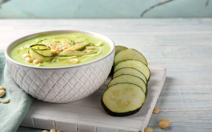 Σούπα βελουτέ με κολοκυθάκια
