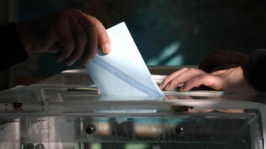 Η ΝΔ διευρύνει το προβάδισμα έναντι του ΣΥΡΙΖΑ για τις ευρωεκλογές