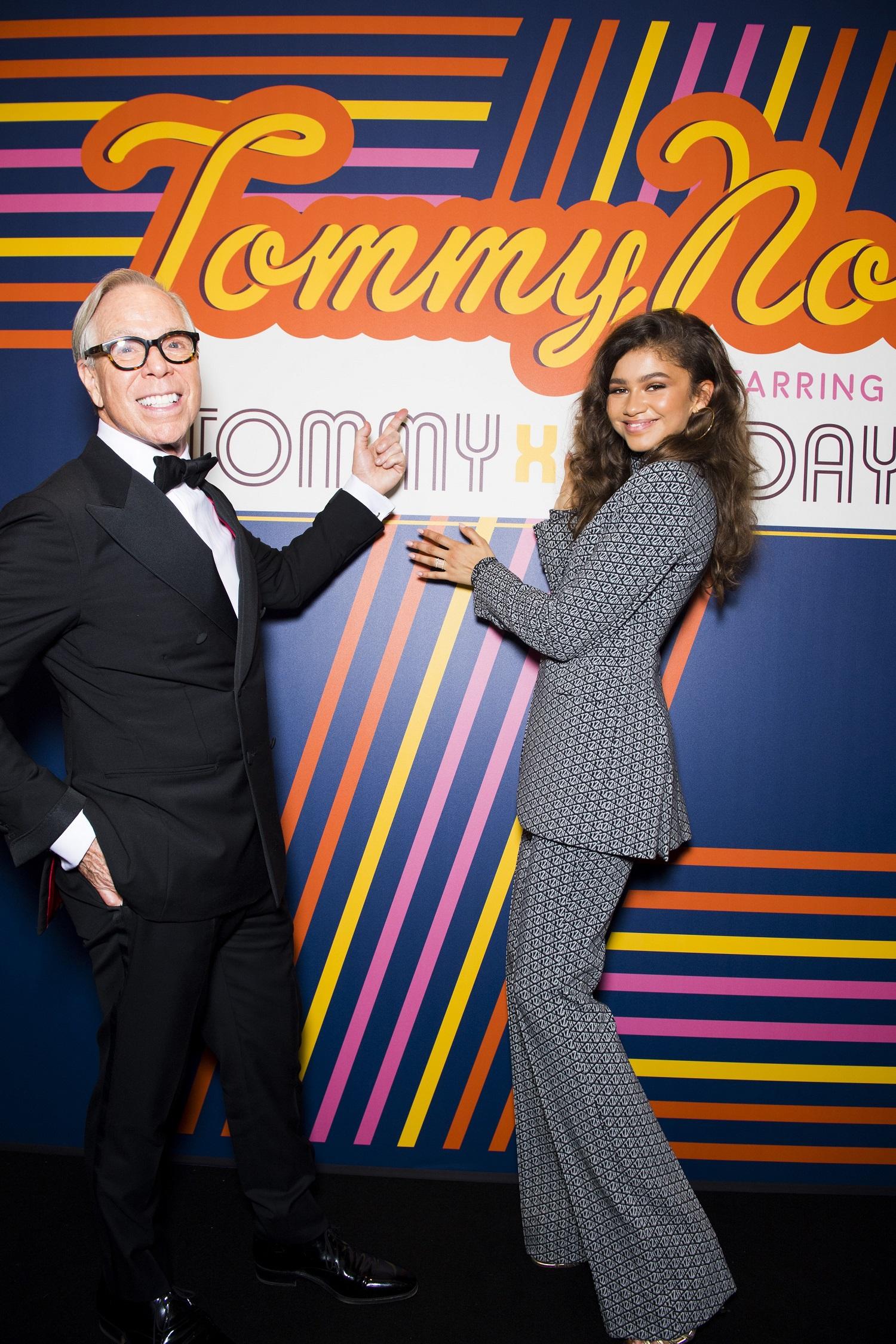 O Tommy Hilfiger έφερε το «Τοmmynow: See Now, Bye Now» runway event στο Παρίσι για την άνοιξη 2019