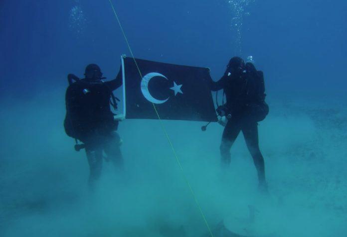 Το ΝΑΤΟ κατέβασε τη φωτογραφία των Τούρκων στη Σούδα με εντολή Αποστολάκη