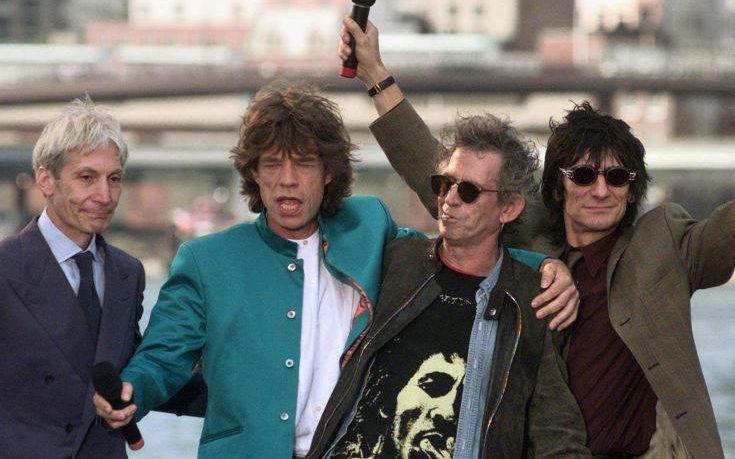 Οι Rolling Stones αναβάλλουν περιοδεία λόγω… Μικ Τζάγκερ