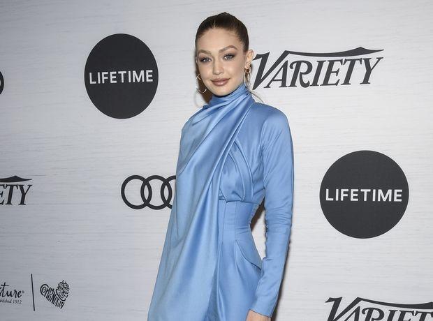 Η Gigi Hadid φόρεσε τζιν στο πάρτι των γενεθλίων της και έχουμε πάθε denim-άνια