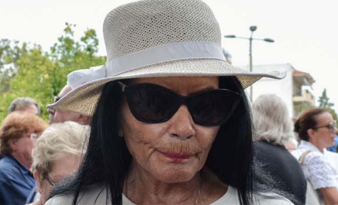 Τραγικές στιγμές για τη Ζωζώ Σαπουντζάκη – Νέο «χτύπημα» για τη σπουδαία «βασίλισσα της νύχτας»