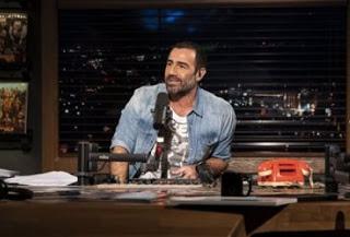 Ο Γιώργος Νταλάρας μετά τα μεσάνυχτα στο «Βινύλιο» (trailer)