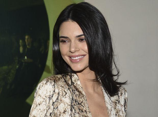 "Kendall Jenner: Το μίνι animal print φόρεμά της μας βγάζει ""Cheetara από τους Thundercats"" vibes"