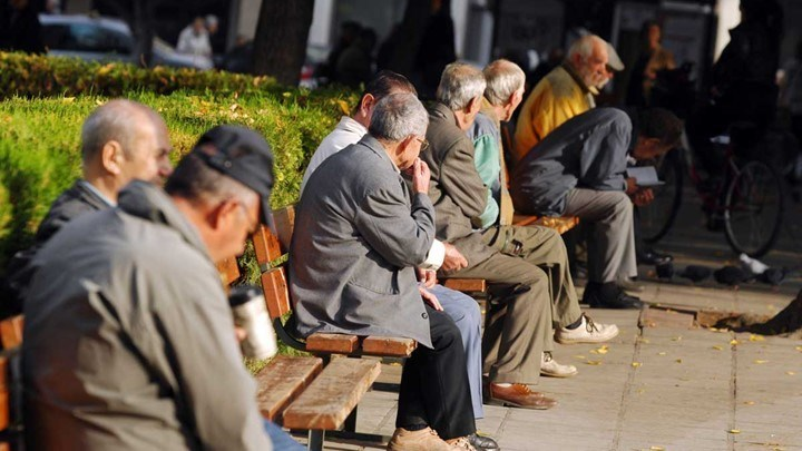 ΕΚΤ: Θα μειωθούν οι δαπάνες γήρανσης του πληθυσμού στην Ελλάδα