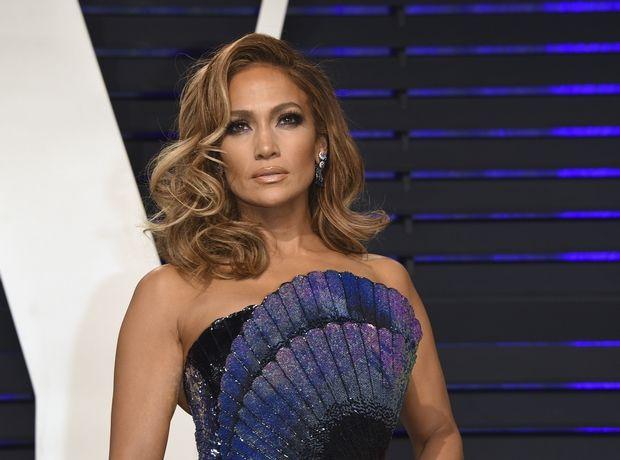"Jennifer Lopez: Θα παραλάβει το βραβείο ""Fashion Icon"" στα φετινά CFDA και έχουμε ενστάσεις"