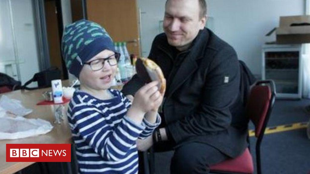 Χάρισαν 3.300 ώρες υπερωρίας σε συνάδελφό τους για να μείνει με τον τρίχρονο γιο του που έχει λευχαιμία [φωτο]