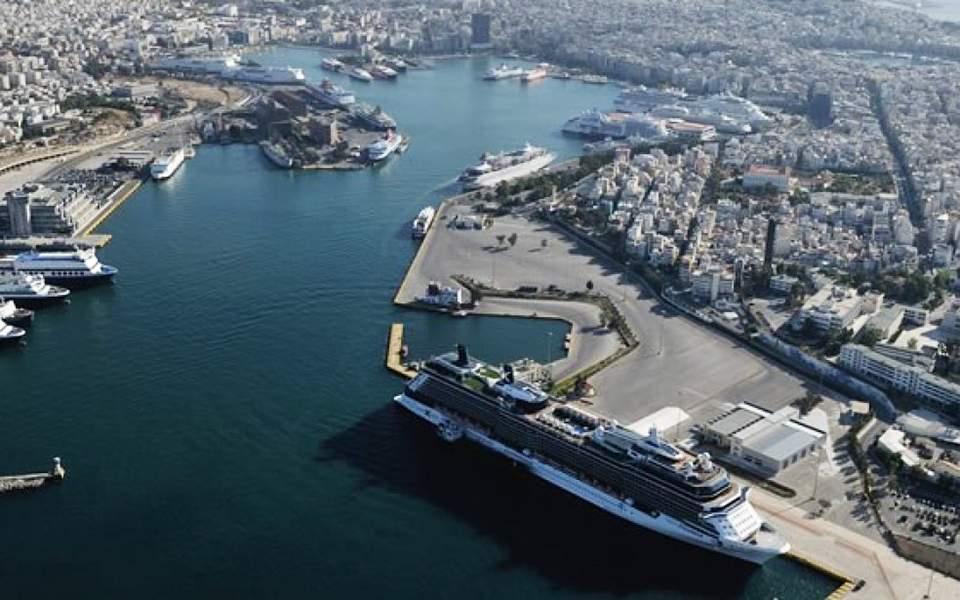 """""""Πράσινο φως"""" για τρία ξενοδοχεία της Cosco στο λιμάνι του Πειραιά"""