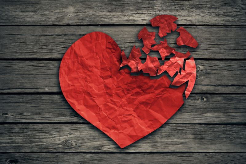 Μια σχέση για… τέσσερις: Πώς να την κερδίσω όταν ακούει τους γονείς της;
