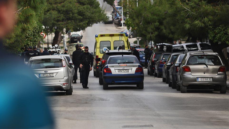 Σοκ στην Καλογρέζα: Κρεμάστηκε από το μπαλκόνι του σπιτιού του άνδρας που είχε κερδίσει μεγάλο ποσό σε τυχερό παιχνίδι (εικόνα)