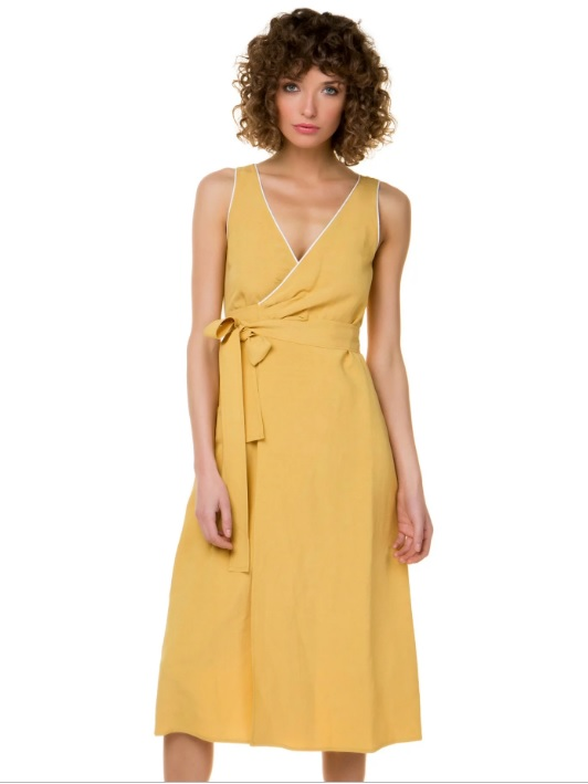 Οδηγός Αγοράς: 10 ρούχα και αξεσουάρ για να κάνεις δώρο στη μαμά σου για τη «Γιορτή της Μητέρας»
