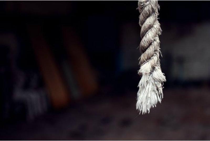 Τραγωδία στις Σέρρες: 43χρονος βρέθηκε κρεμασμένος μέσα στο σπίτι του