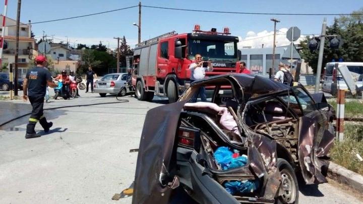 Λάρισα: Σύγκρουση τρένου με αυτοκίνητο – Ένας τραυματίας