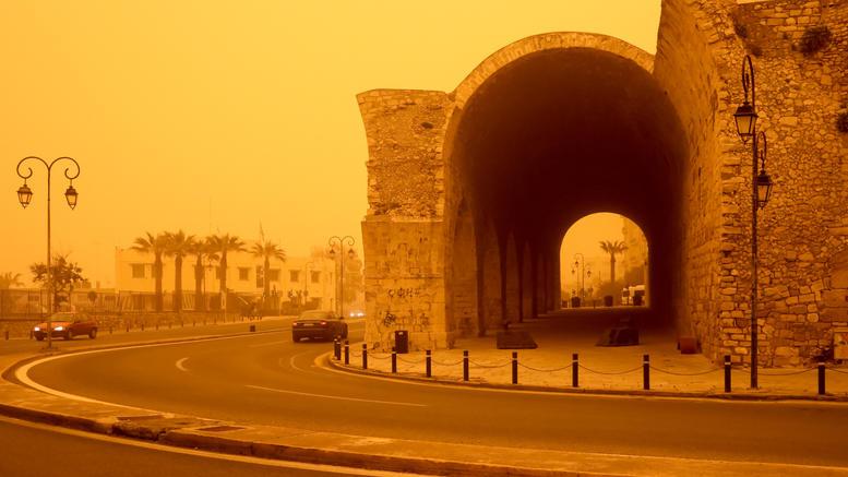Ζέστη και αφρικανική σκόνη στην Κρήτη