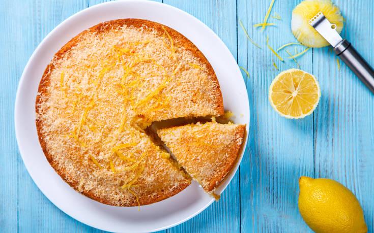 Κέικ με καρύδα και λεμόνι