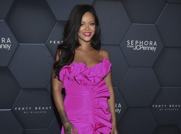 Η Rihanna είναι η πρώτη γυναίκα που συνεργάζεται με το LVMH group. Οι φήμες επιβεβαιώθηκαν