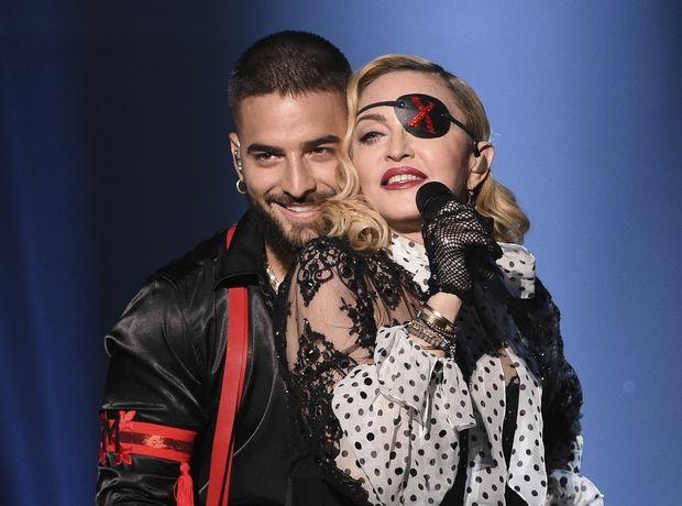 Τη νέα εμμονή της Madonna στα αξεσουάρ υπογράφει Έλληνας σχεδιαστής