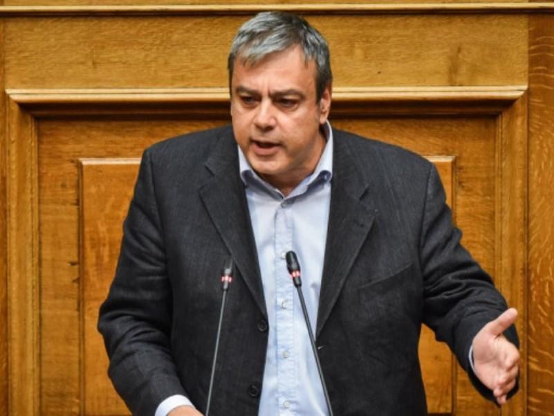 Βερναρδάκης: Ανοιχτά όλα τα ενδεχόμενα για πρόωρες εθνικές εκλογές