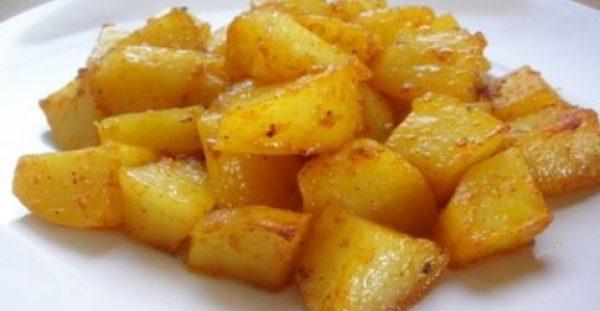 Συνταγή με όσα περίσσεψαν από το χριστουγεννιάτικο τραπέζι: Πατάτες αλλιώς