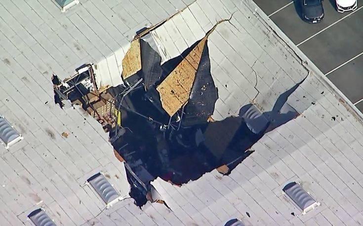 Μαχητικό F-16 συνετρίβη σε κτίριο στην Καλιφόρνια