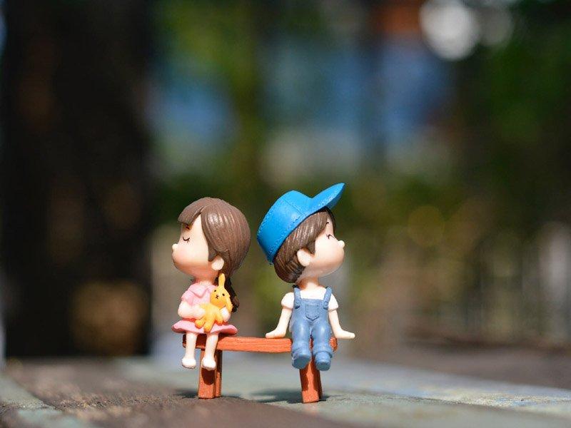 Τα σημάδια ότι είσαι μόνη στη σχέση σου: Πώς να το διαχειριστείς