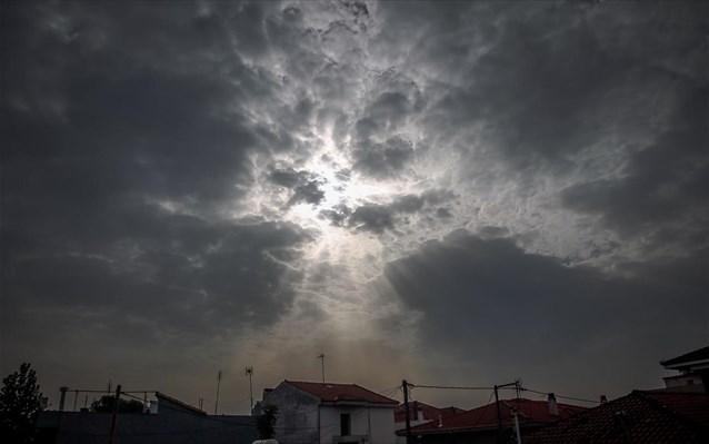Άστατος ο καιρός με βροχές και σποραδικές καταιγίδες