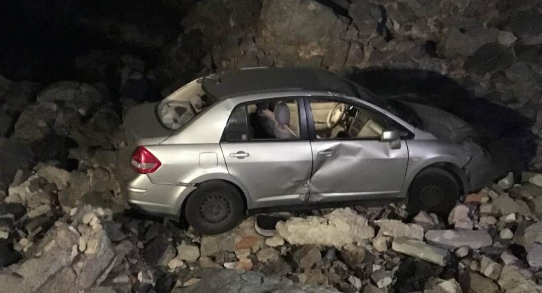 Κρήτη: Αυτοκίνητο έπεσε στα βράχια – Εγκλωβίστηκαν οι επιβάτες