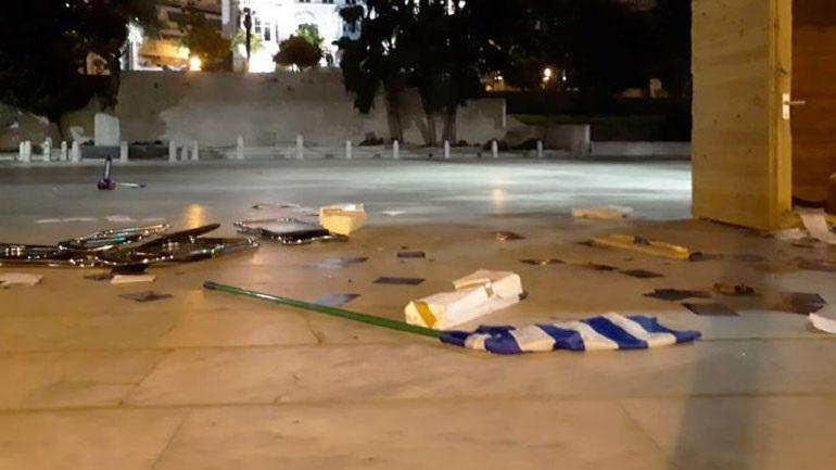«Όχι» στη διάθεση χώρων για προεκλογικά περίπτερα της Χρυσής Αυγής από τον Δήμο Αθηναίων