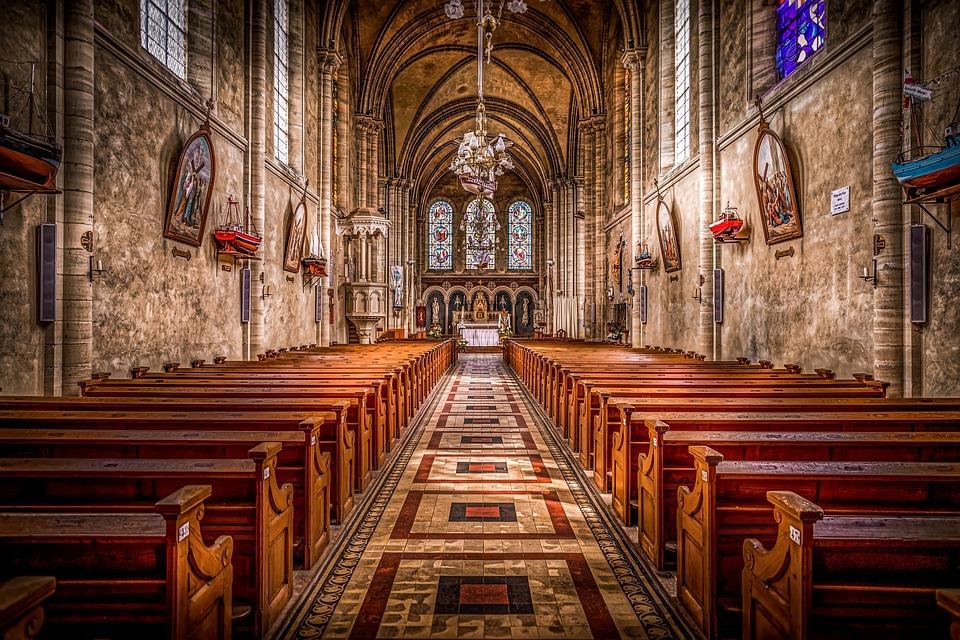 Αλλάζει η πιο γνωστή προσευχή του Χριστιανισμού