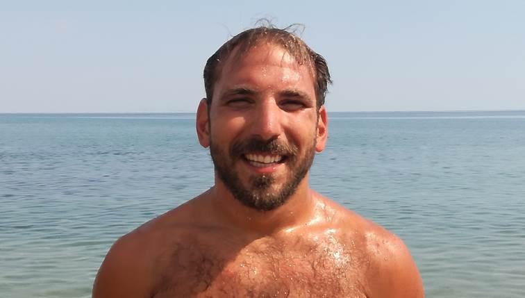 Ναυαγοσώστης θα κολυμπήσει από τα Σφακιά μέχρι τη Γαύδο για καλό σκοπό
