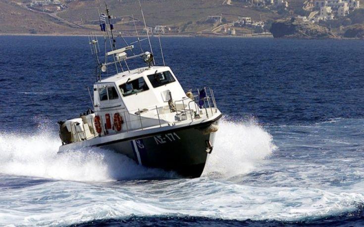 Κρήτη: Γιγαντιαία επιχείρηση του Λιμενικού για να διασώσει δύο… διασώστες