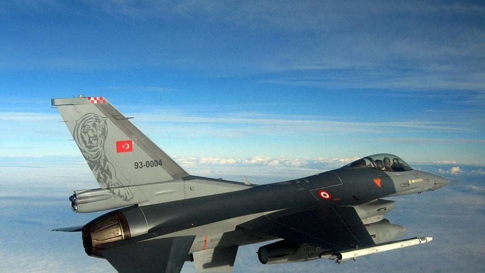 Προκαλεί η Άγκυρα: Τουρκικό F-16 πέταξε πάνω από το Αγαθονήσι