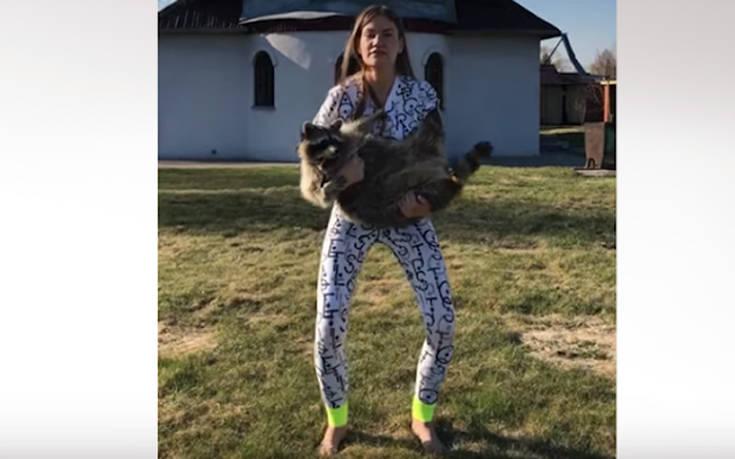 Τι χρησιμοποιεί μια Ρωσίδα για να κάνει γυμναστική