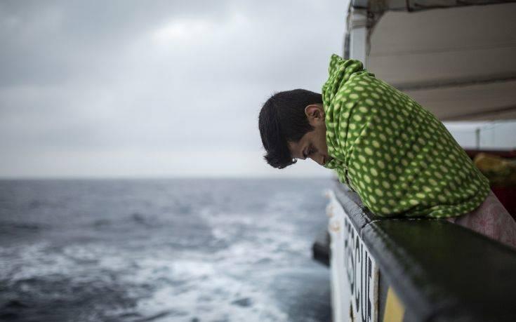 Δικηγόροι «στέλνουν» την ΕΕ στο ΔΠΔ για τους θανάτους μεταναστών στη Μεσόγειο