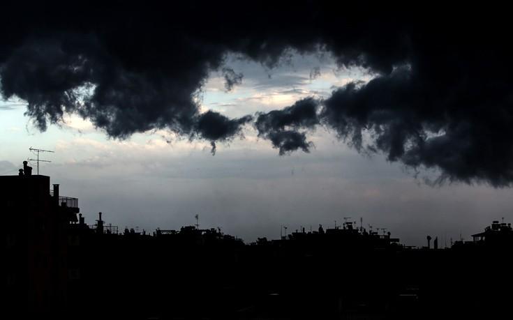 Καιρός: Έρχονται βροχές και καταιγίδες, πού θα είναι έντονα τα φαινόμενα