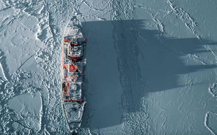 Το ρωσικό θηρίο των πάγων ξεπερνάει όλα τα εμπόδια