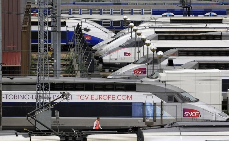 Εφιάλτες για τους επιβάτες ενός τρένου υψηλής ταχύτητας στο Παρίσι