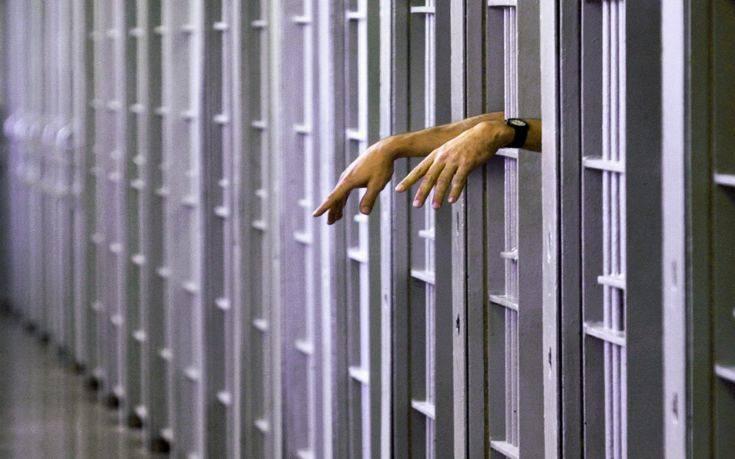 Νεοδιόριστος σωφρονιστικός ξυλοκοπήθηκε από κρατούμενο στις φυλακές Ναυπλίου