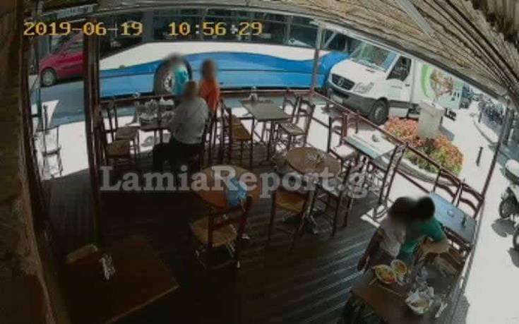 Νεαρός χτύπησε στο κεφάλι μια γυναίκα με γυάλινο πλακάκι