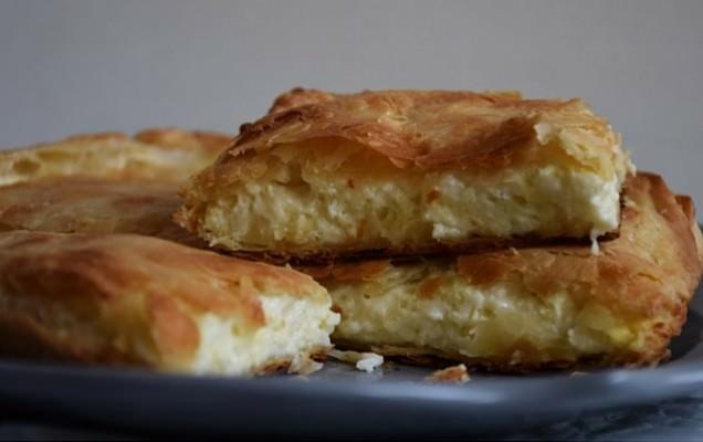 Αφράτη γευστικότατη πίτα στο τσακ -μπαμ