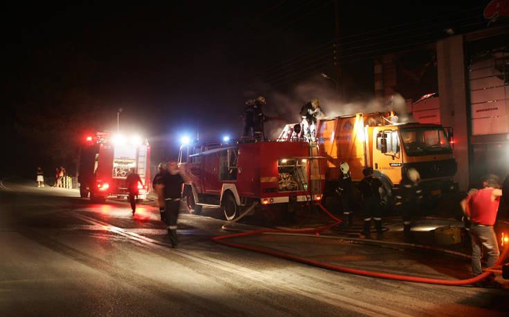 Πήρε φωτιά διώροφη κατοικία στη Βόρεια Εύβοια