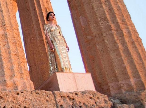 Πώς θα ήταν μια επίδειξη μόδας στην Ακρόπολη; Ο οίκος Dolce & Gabbana μας λύνει την απορία