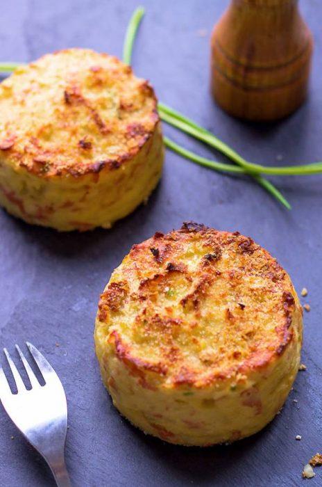Κέικ με πατάτες και ζαμπόν, ψητό στο φούρνο