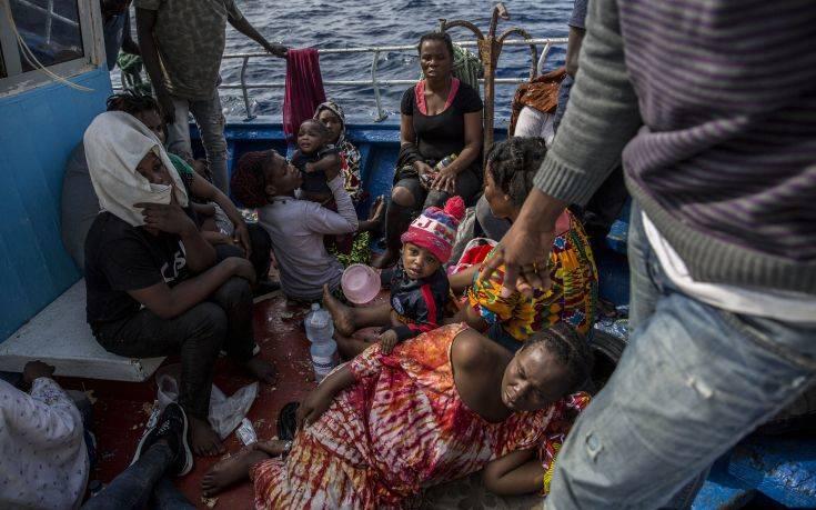 Διασώθηκαν 55 μετανάστες στην Ιταλία έπειτα από περιπέτεια τριών ημερών στη θάλασσα