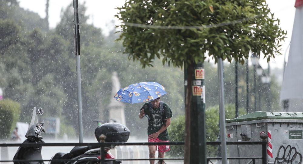Μετά τον καύσωνα έρχονται βροχές και καταιγίδες