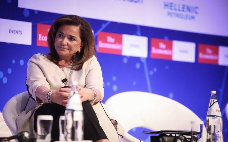 Ντόρα Μπακογιάννη στο Economist: Χρειάζεται μια πιο στενή συνεργασία μεταξύ ΗΠΑ και Ευρώπη